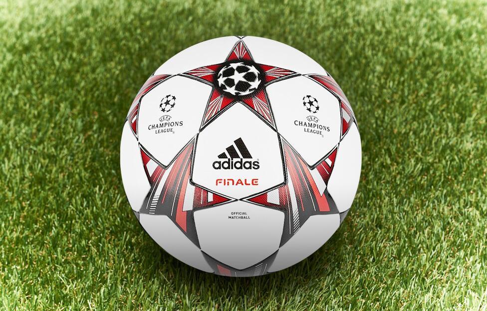 欧冠比赛用球_欧冠专用足球图片图片