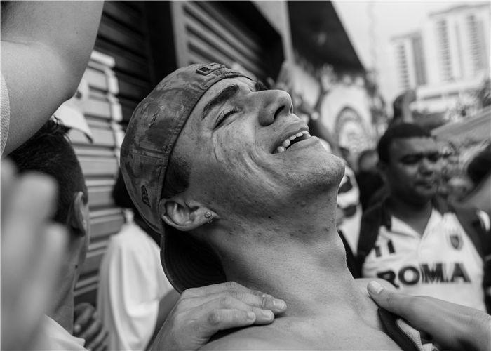 巴西足球联赛发生球迷死亡惨案