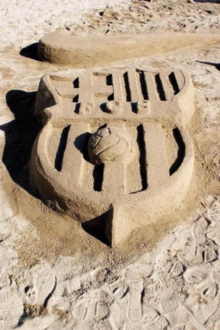 图片:沙滩巴塞罗那队徽[via.