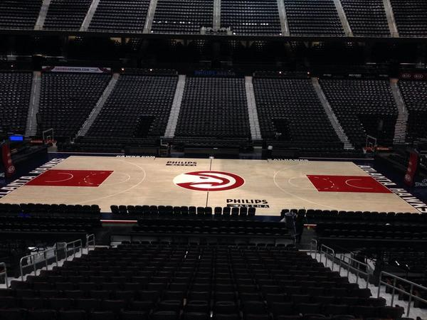 老鹰队公布新的主场地板设计_虎扑NBA新声