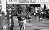 美五百斤胖子跑5公里赛,欲甩226斤肥肉