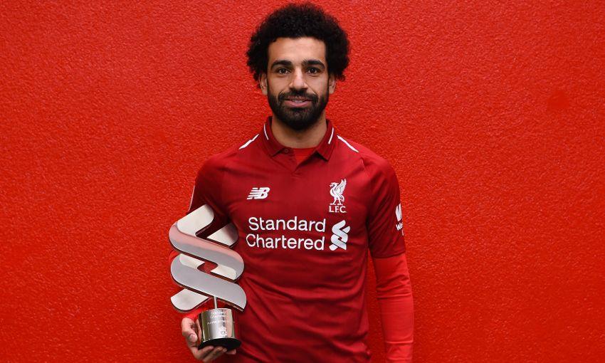 官方:萨拉赫当选利物浦10月最佳球员