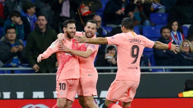 梅西两球登贝莱苏亚雷斯破门,巴萨客场4-0西班牙人