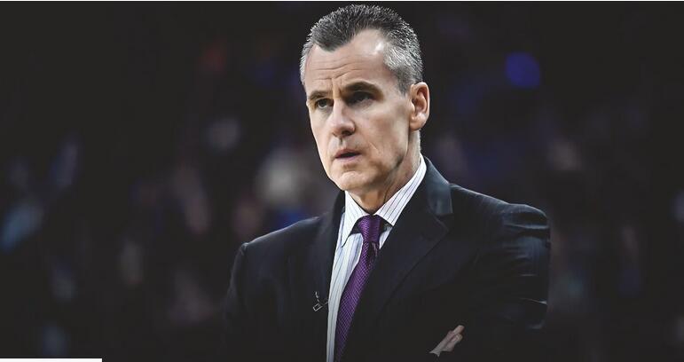 [虎]多诺万谈UCLA主教练空缺:我的注意力都在雷霆身上