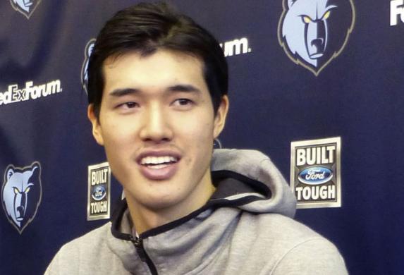 渡边雄太:想要继续留在NBA,明年是决定成败的一年 NBA新闻