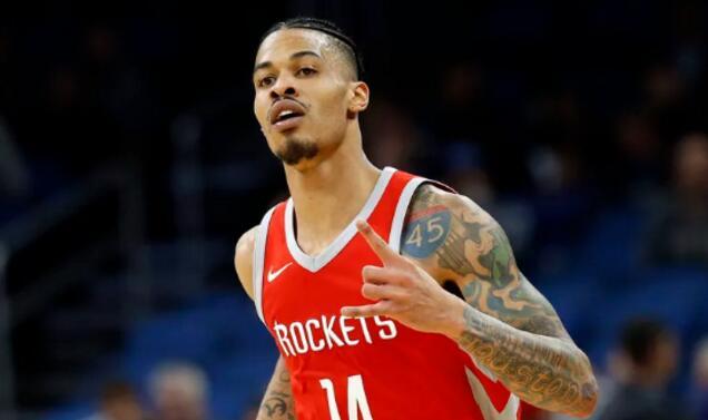 格林:上赛季的火箭很出色,但本赛季的我们更有深度 NBA新闻