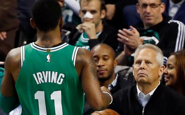 安吉谈欧文续约:和他聊了很多,先关注季后赛 NBA新闻
