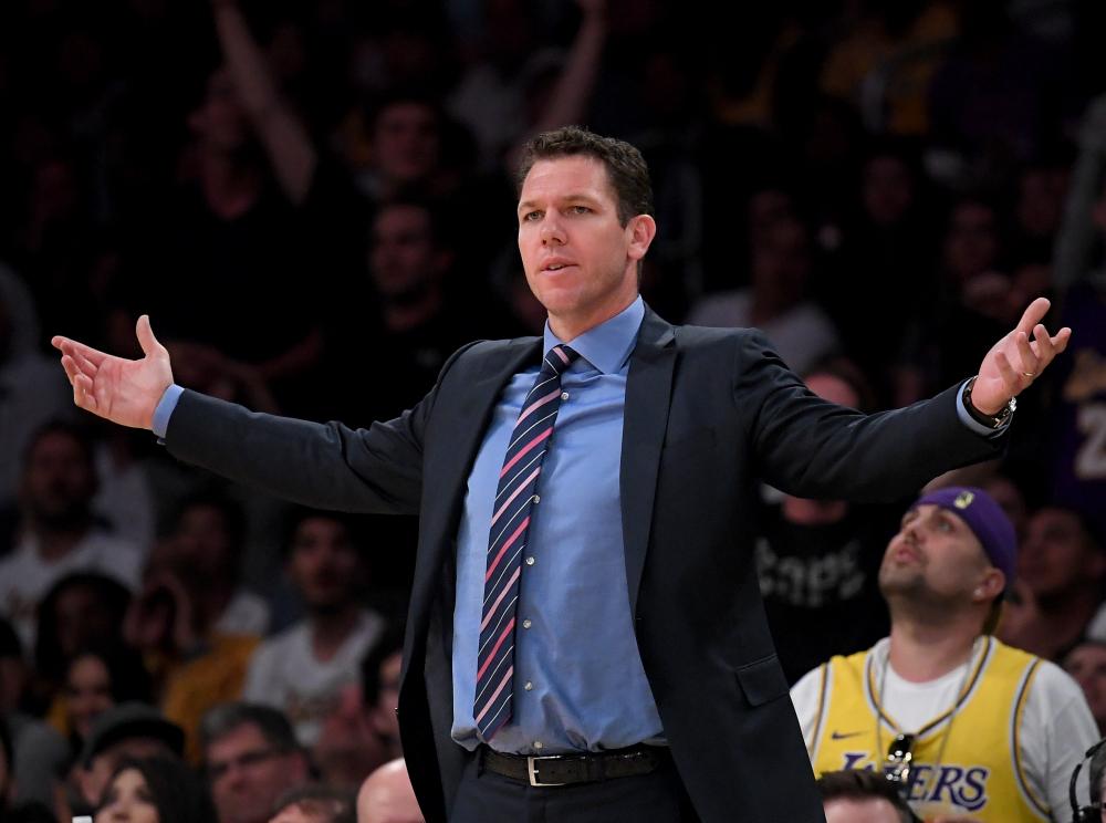 官方:湖人与主帅卢克-沃顿分道扬镳 NBA新闻