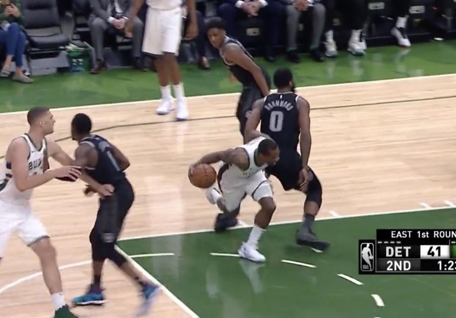 拜佛晃开庄神命中抛投,半场最后一攻布莱索再中冷血三分 NBA新闻