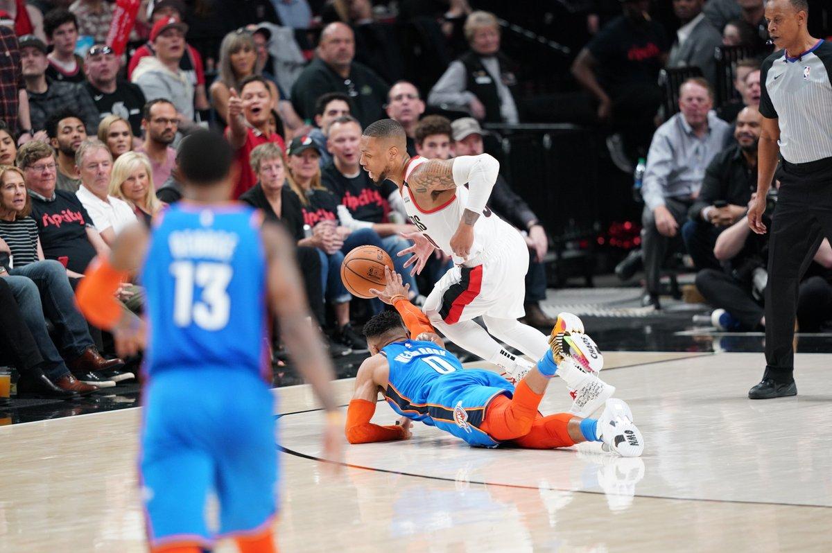 多点开花!利拉德、麦科勒姆和坎特合砍74分 NBA新闻
