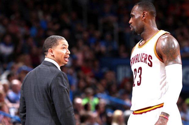名记:泰伦-卢现在身体很好,但最近并未联系詹姆斯 NBA新闻