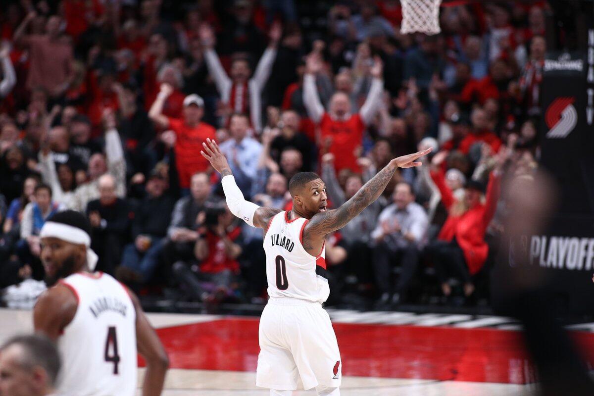稳健!利拉德全场砍下29分5板6助攻3抢断 NBA新闻 第1张