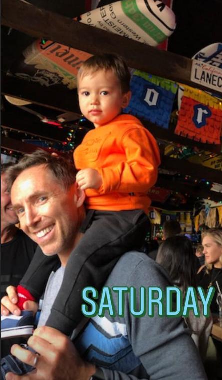 周末带娃!纳什展示自己与儿子的合照