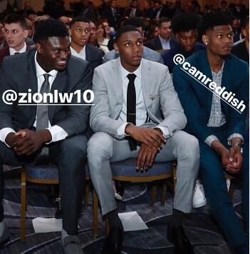 巴雷特发布自己与威廉森以及雷迪什的合照:杜克男孩们 NBA新闻 第1张