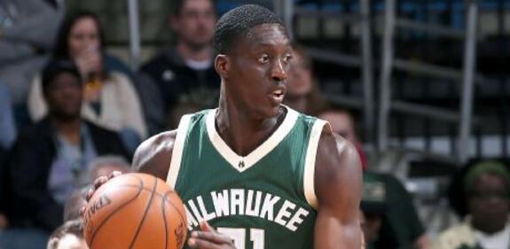 一些NBA官员称雄鹿非常想送走托尼-斯内尔的合同