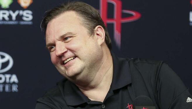 莫雷:我的工作是组建最好的球队,让我们有机会夺冠