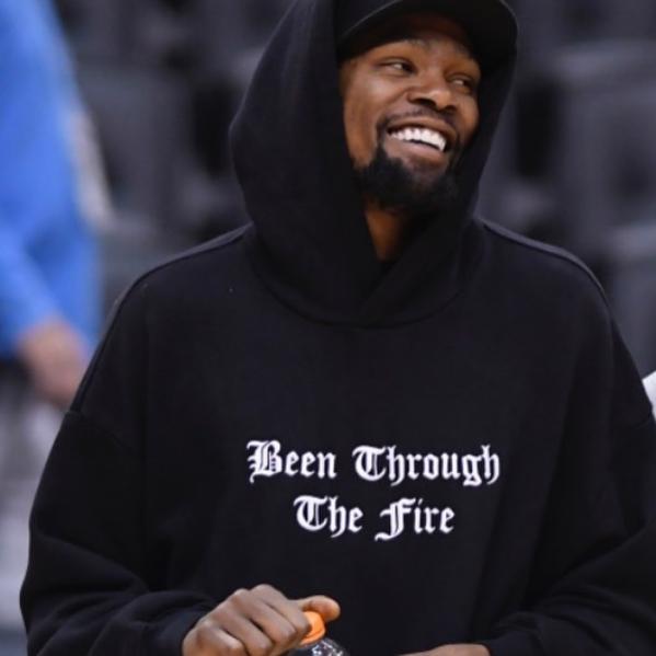 Drake谈杜兰特:让我们给予真正的勇士最好的祝福 NBA新闻