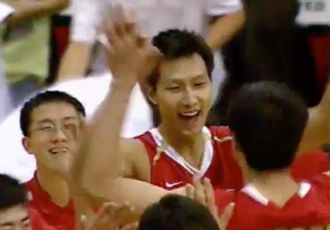 [视频]忆峥嵘岁月!一起来视频回顾夏联历史男篮首胜