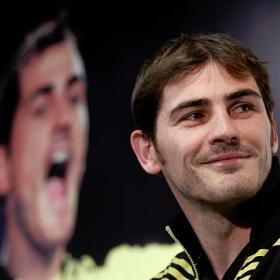卡西:别忘了在德国踢比赛总是很艰难