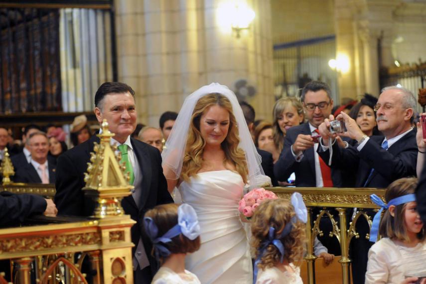 卡马乔爱女出嫁,皇马巴萨名宿齐捧场