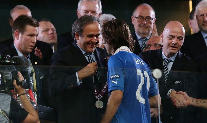 普拉蒂尼为皮尔洛加冕:他能赢金球奖