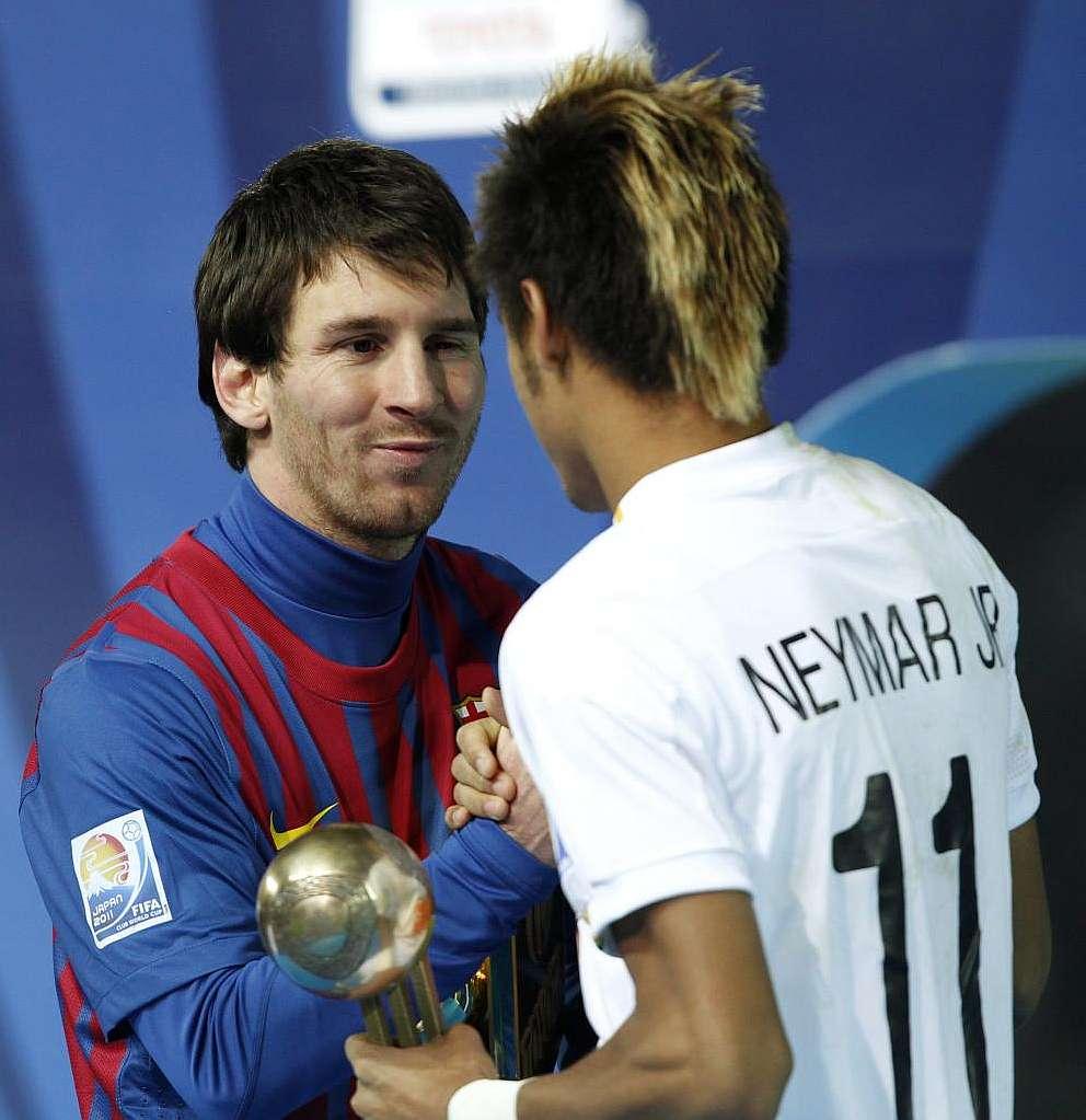 内马尔:我是梅西球迷,不如让他来桑托斯