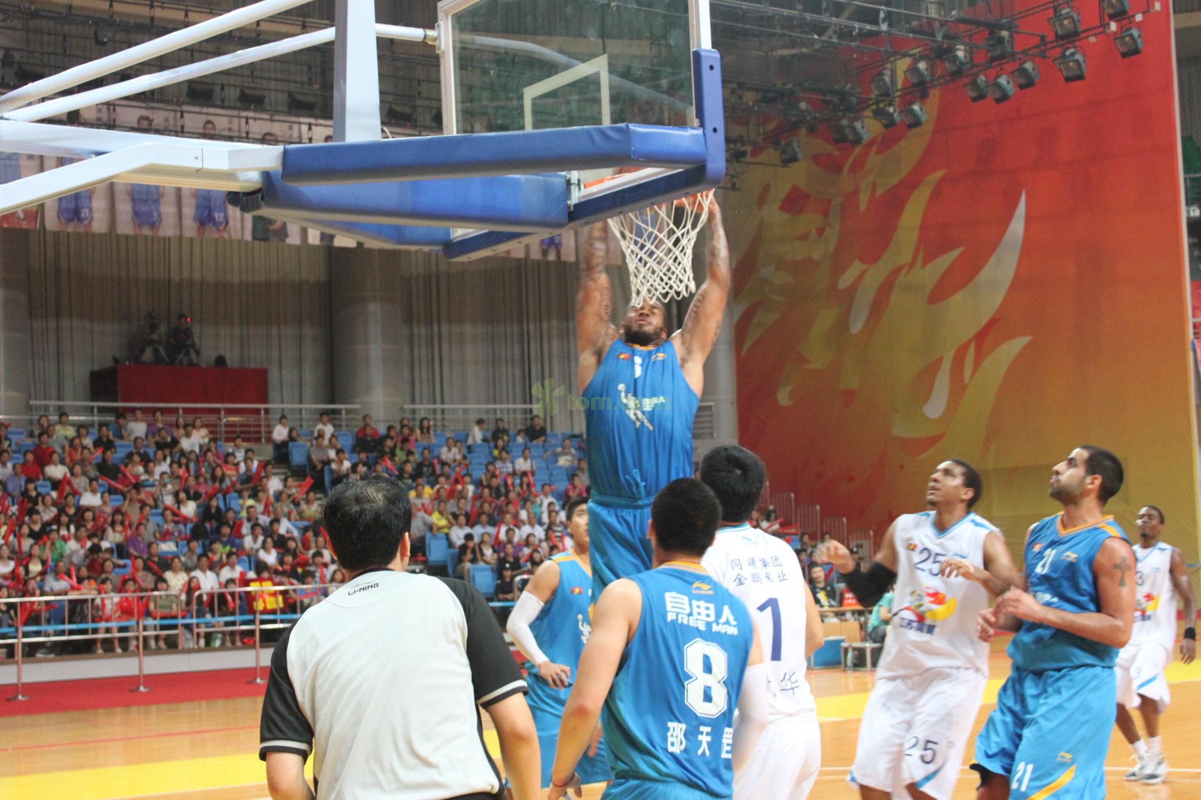 重庆成立职业篮球,希望对垒CBA球队