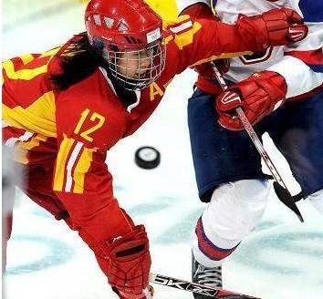 中国女冰奥运资格赛4-3胜法国