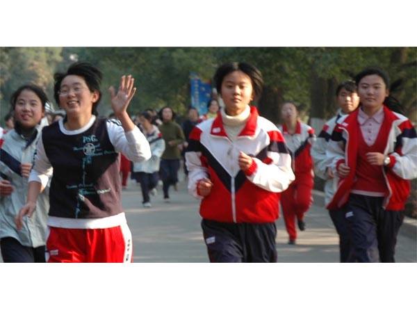 深圳取消中小学运动会长跑,官方:安全考虑