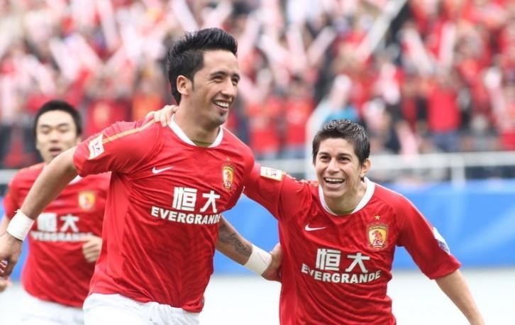 巴里奥斯2球,恒大4-2贵州夺足协杯冠军