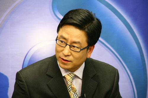 马俊仁力挺白岩松:他是运动学专家