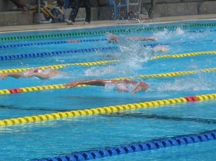 负责人:广东后年中考并非强制考游泳