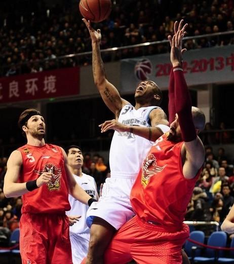 马布里38分北京终结山东五连胜