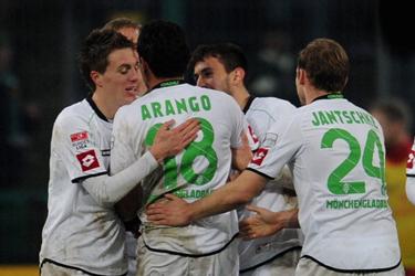 阿朗戈世界波,门兴2-0完胜美因茨