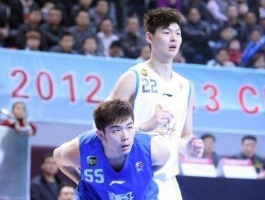 孙桐林:王哲林打球很有自信