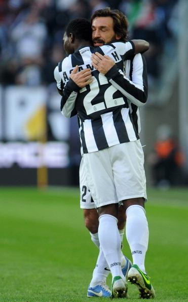 皮尔洛意甲任意球进球数比肩巴乔与佐拉
