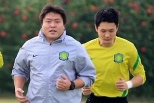 杨智:李雷雷要求尽量不大脚开球