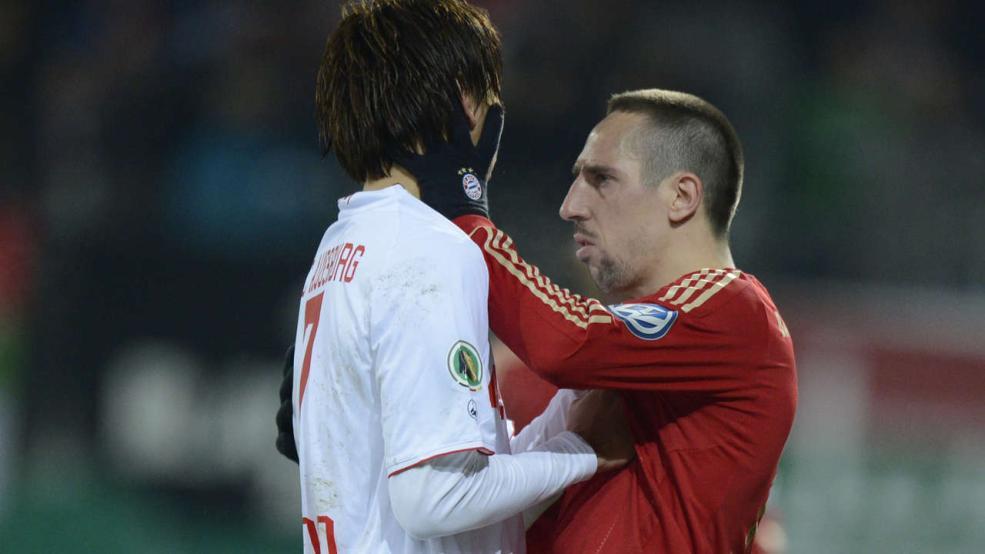 拜仁向足协施压:里贝里不应得红牌