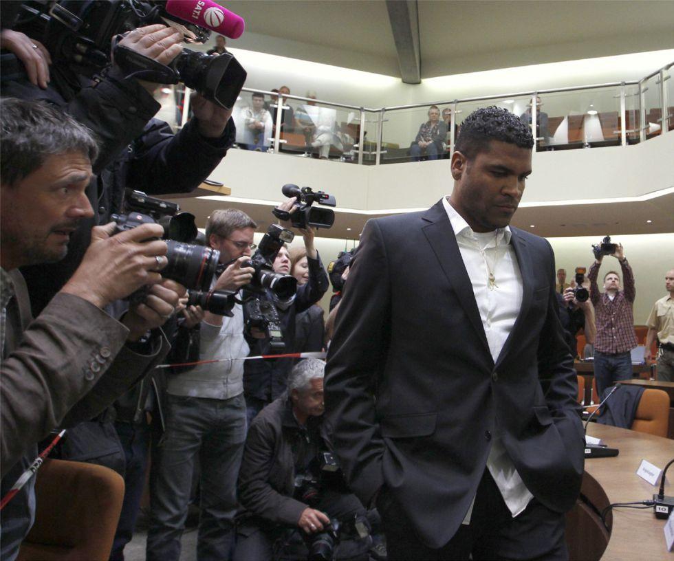 西媒:拜仁狱中后卫布雷诺将重返圣保罗
