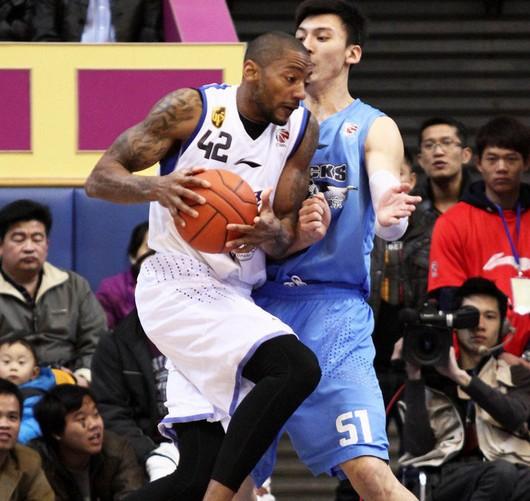 东莞送给北京赛季单场新低82分