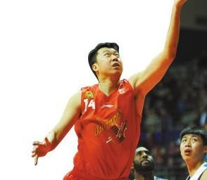 负残阵上海,阿迪江告诫球员:场场要拼