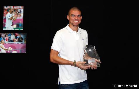 佩佩荣获葡萄牙年度人物奖