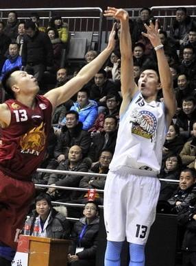 26分!新疆小前锋马坎创生涯得分新高