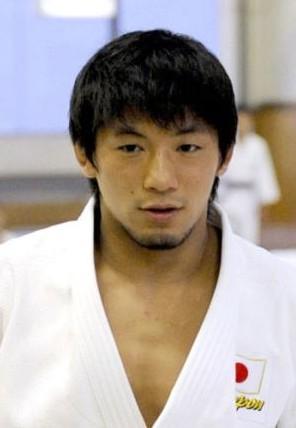 日本柔道奥运冠军强奸女大学生被判刑