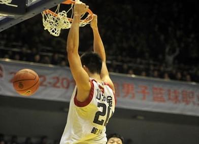 巩晓彬:期待陶汉林成为中国最好的中锋