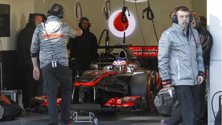 迈凯轮试车简报:巴顿用硬胎做出最快圈速