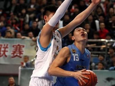 朱彦西12篮板创生涯单场篮板纪录