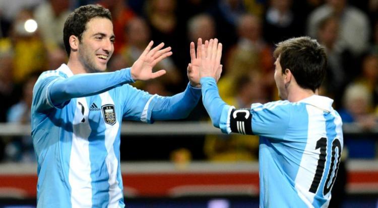 阿圭罗伊瓜因破门,阿根廷3-2瑞典