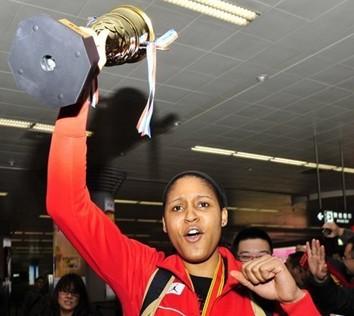 玛雅-摩尔无缘MVP,山西:她并不在乎