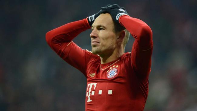 罗本:我不高兴!教练,我想踢足球